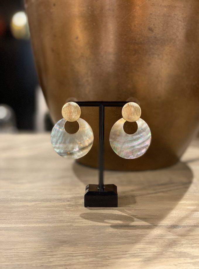 schelpen oorbellen
