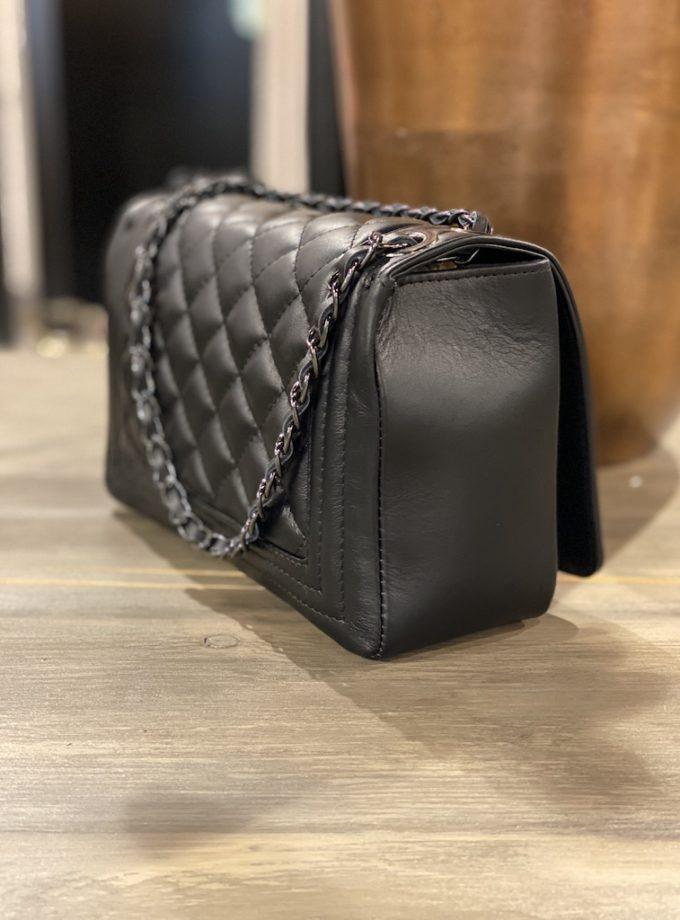 zwarte leren tas met ketting