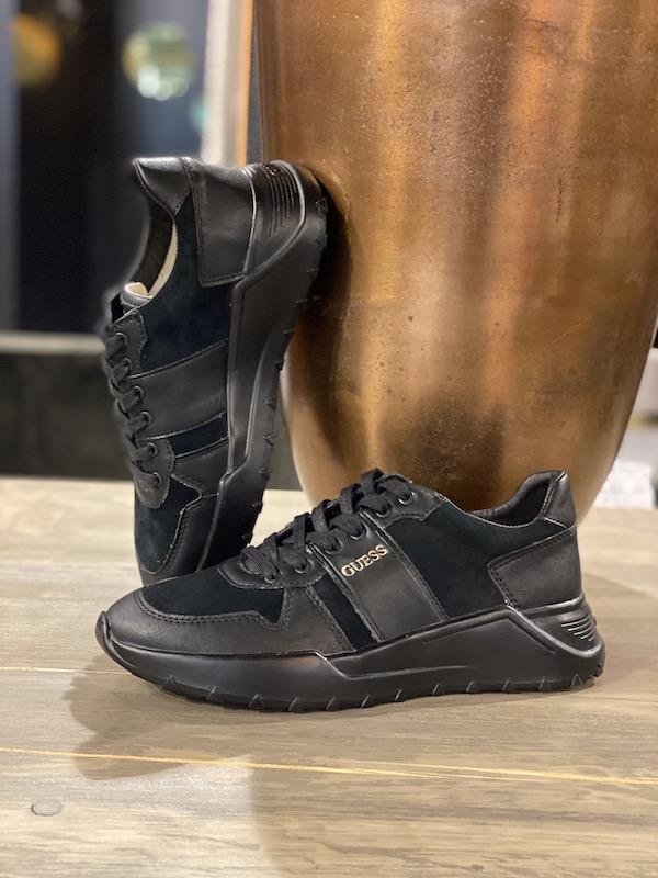 guess sneaker zwart